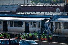 Commuter trains collide at west of Chicago stop; dozens hurt