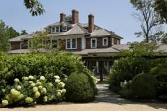 Richard Gere relists Hamptons mansion at $47.5 million