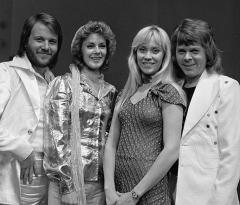 ABBA considering 'Waterloo' 40th anniversary tour