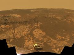 Rover begins 10th year on Mars