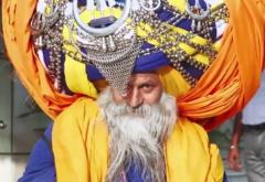 2,100-foot turban weighing 100 lbs may be the world's largest