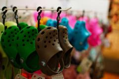 Crocs become a hot look for investors