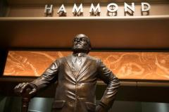 'Jurassic World' statue pays tribute to Richard Attenborough