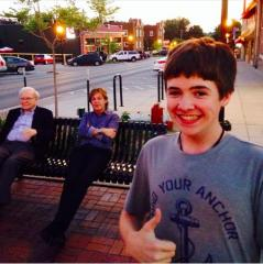 Nebraska teen shares selfie with Paul McCartney and Warren Buffett