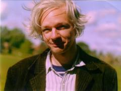 WikiLeaks founder not being investigated