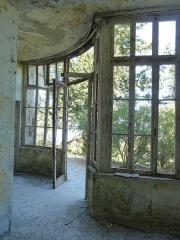 For rent: Mussolini's Greek villa, needs work