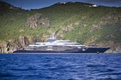 Bill Gates takes vacation on $330M yacht