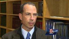 Trooper who released bombing suspect photos will run Boston Marathon