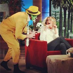 Cameron Diaz pranked by 'The Mask' on 'Ellen'