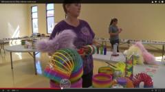 New Mexico woman seeks Slinky world record