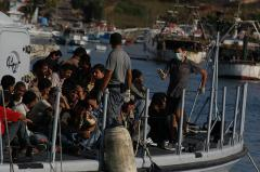 500 dead as migrant boat deliberately sunk