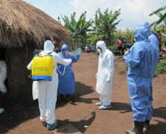 Doctor treating Ebola outbreak in Sierra Leone now infected