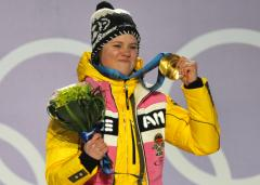 Rebensburg wins women's Cup giant slalom