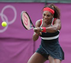 S. Williams advances to Italian Open third round