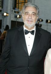 Placido Domingo to undergo surgery