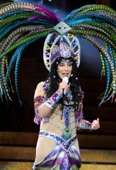 Cher cancels remaining tour dates over viral infection