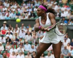 Sharapova, S. Williams head to 3rd round