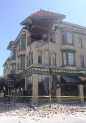 Lights back on after California quake