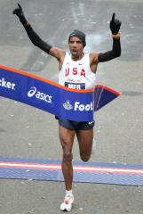 Norton, Morissette finish NYC Marathon
