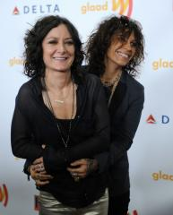 Sara Gilbert and Linda Perry got married