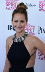 'Silver Linings Playbook' wins Spirit Awards for Best Feature, Actress and Director