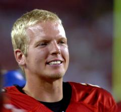 QB Chris Simms signs with NFL's Titans