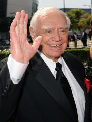 SAG to honor Ernest Borgnine