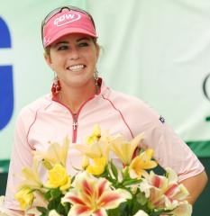Creamer, J. Park share lead in Singapore