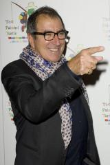 Kenny Ortega to helm 'Dancing' remake