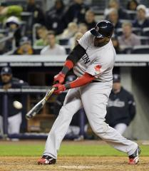 MLB: Boston 4, Detroit 3 (1st game)