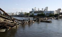 Flooding spurs ethanol backlash
