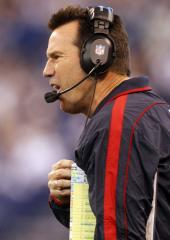 Kubiak could be on Texans' sideline Sunday