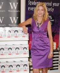 Bushnell to write more young-adult novels