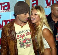 Anna Kournikova still hasn't met boyfriend Enrique Iglesias' dad after 12 years of dating