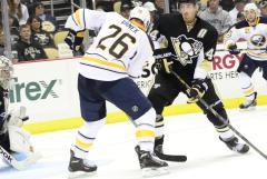 Islanders acquire Thomas Vanek from Sabres for Matt Moulson