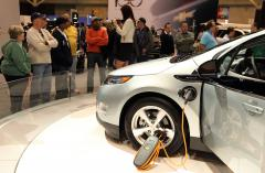 GM says losses on Volt 'grossly wrong'