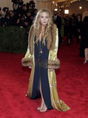 Mary-Kate Olsen says she just learned how to brush her hair