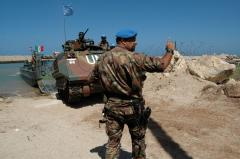 Bomb injures peacekeepers in Lebanon