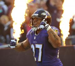 NFL says former FBI director will look into NFL's handling of evidence in Ray Rice case