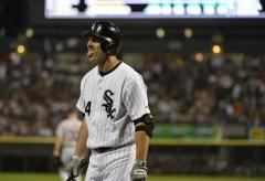Chicago White Sox hold off Seattle