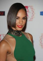 Alicia Keys' 'Girl on Fire' tops album chart