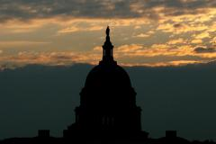Poll: U.S. voters turning against own members of Congress