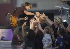 Keith Urban's 'Fuse' tops U.S. album chart