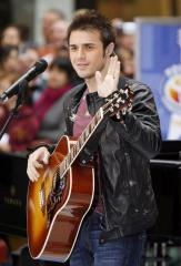 Kris Allen to release first CD this fall