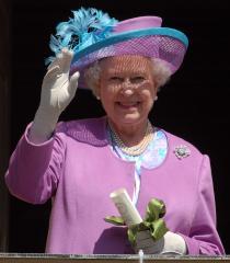 Queen thanks British troops