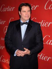 Travolta to receive aviation honor