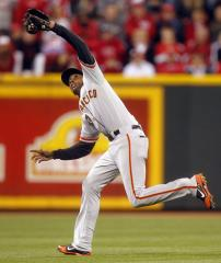Late rally propels Giants over White Sox