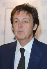 McCartney wows French Canadian crowd