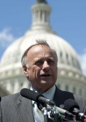 Boehner, Cantor chastise Rep. King drug-runner comment