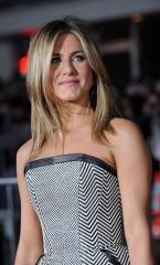 Theroux confirms engagement to Aniston